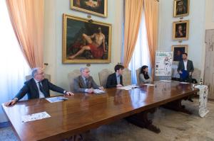 Tavolo conferenza Corrida 2015